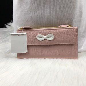 Handbags - Cosmopolitan Wallet